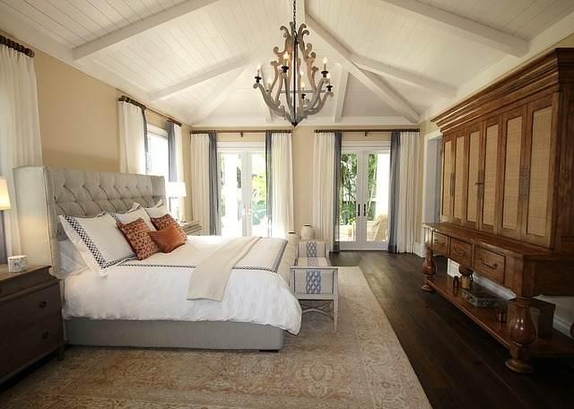 Żyrandole do sypialni – piękne i funkcjonalne