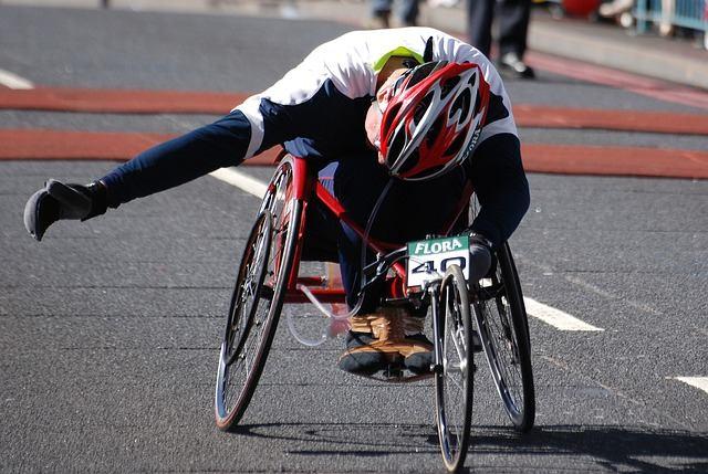 Sportowe wózki inwalidzkie – kwestie, które powinieneś znać