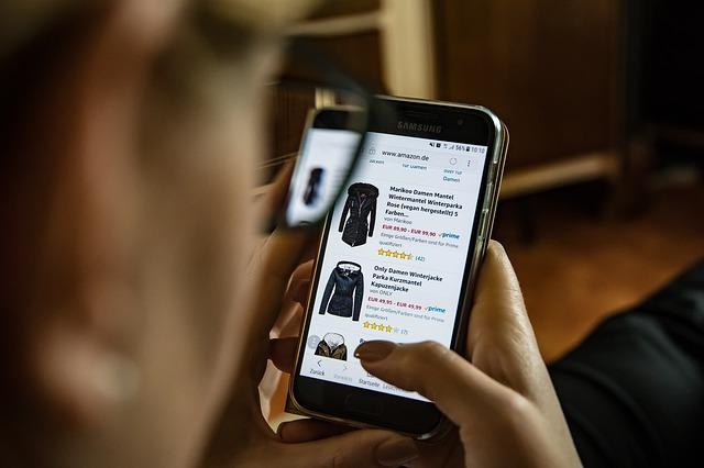 Handel online – co takiego należy wiedzieć na temat sklepów internetowych