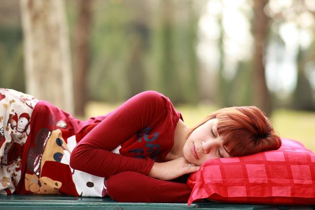 Sposoby na kłopoty z oddychaniem podczas snu