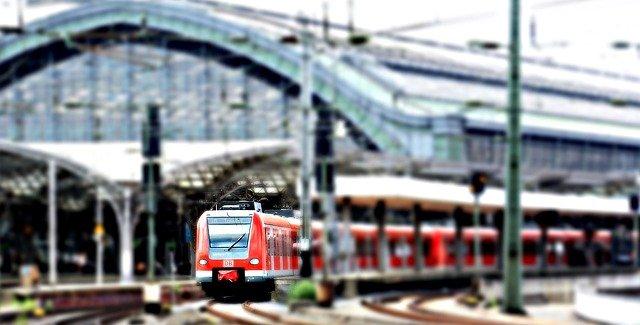Nowoczesne pociągi – co jeździ po polskich torach